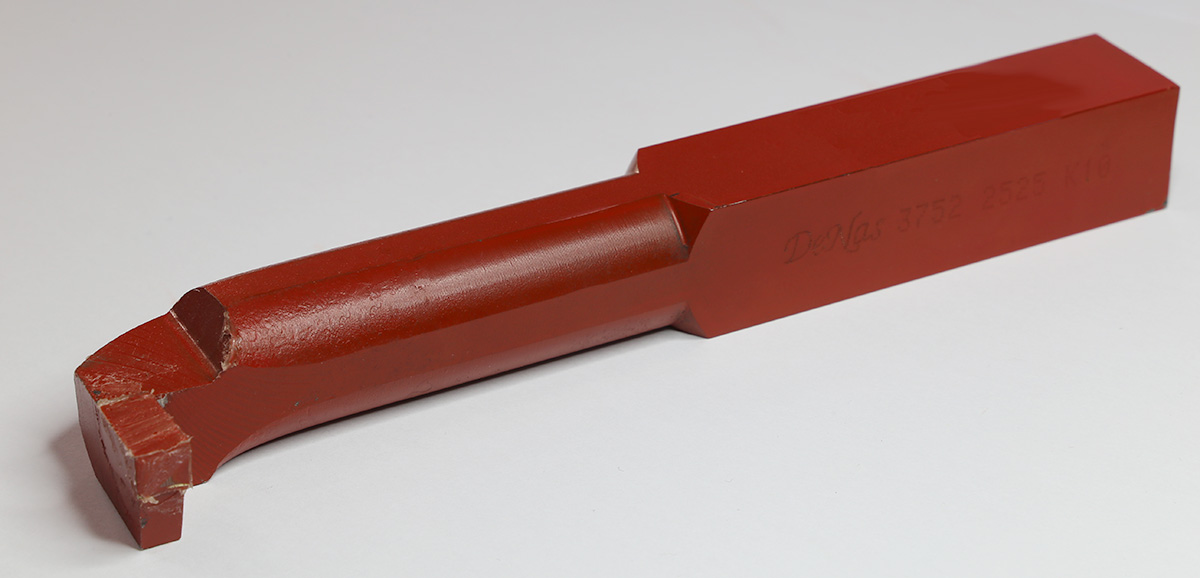 Tokarski nož ISO12 (DIN282) 25×25, K10