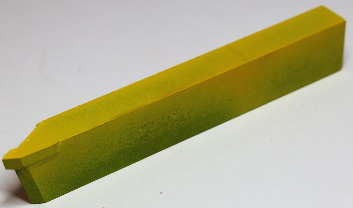 Tokarski nož ISO13 (DIN282) 10×06, M20