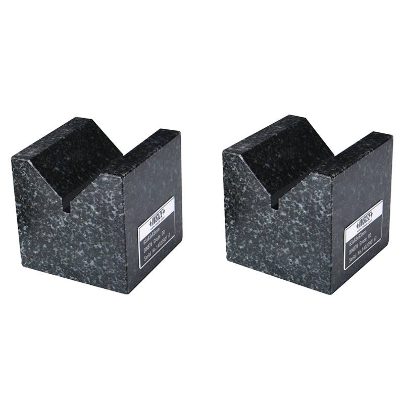 Granitni V-blok, 70×50×70 mm, set