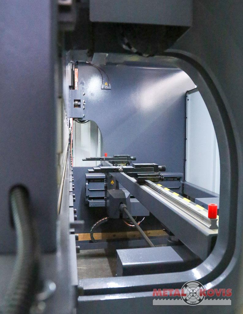 Apkant preša Baykal APHS 31120 CNC, Delem DA-66T