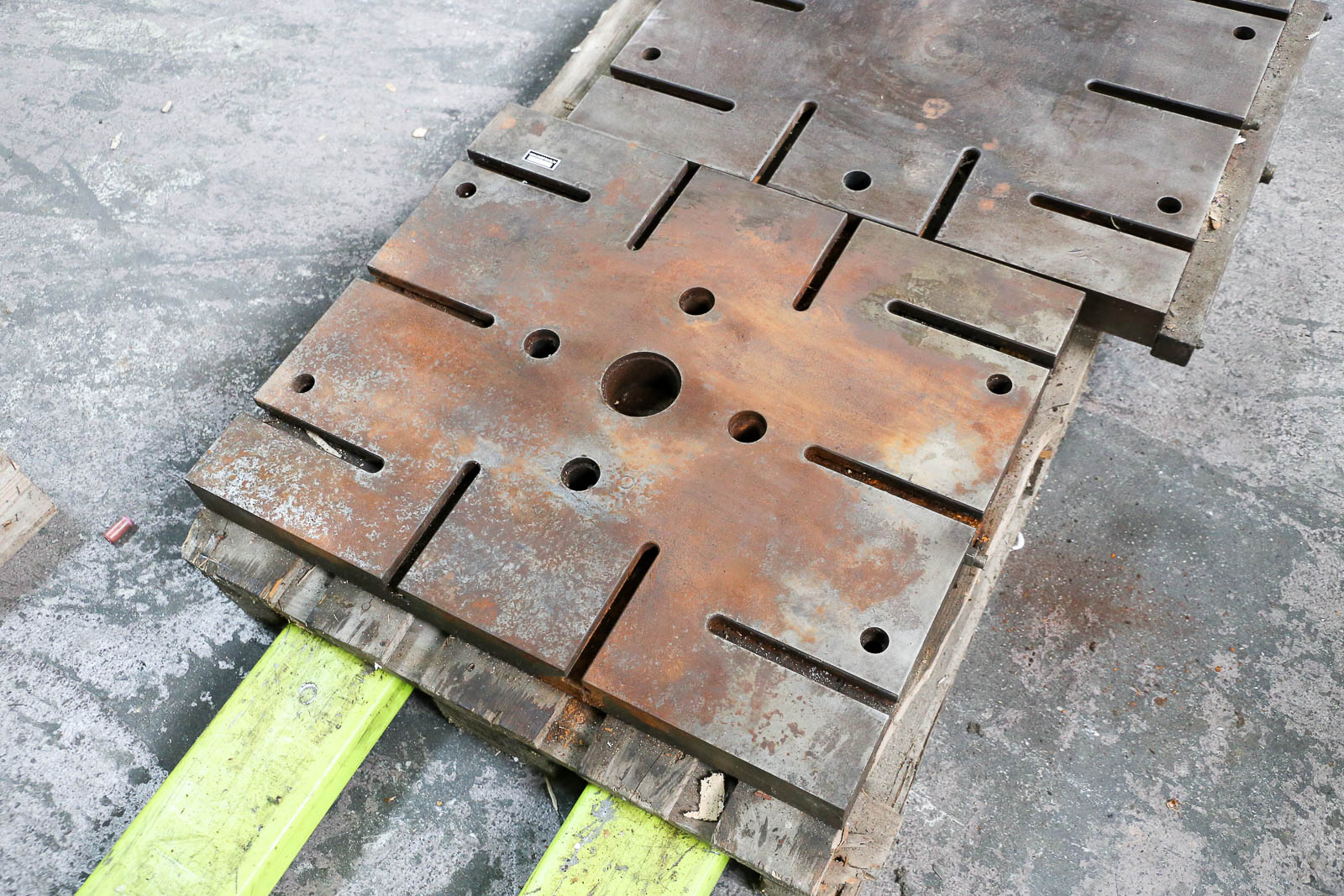 Stol 630x750x60 mm