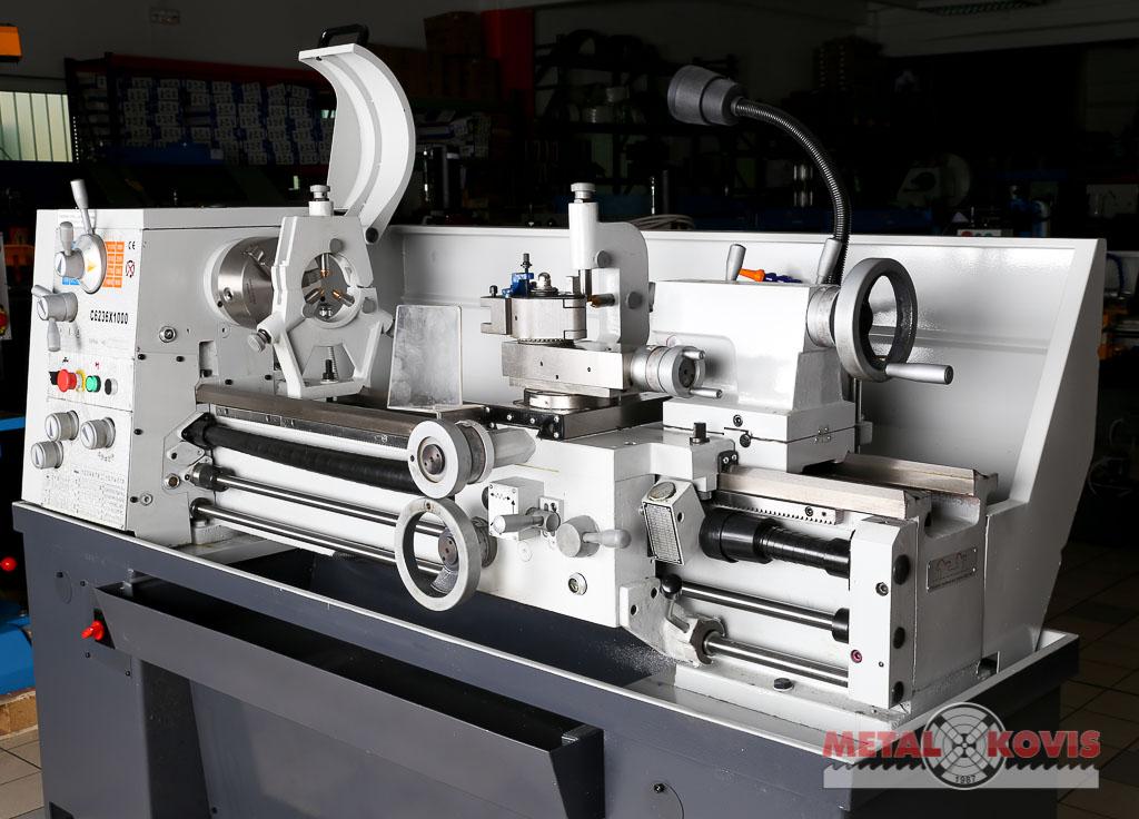 Tokarski stroj  C6236 x 1000 mm